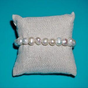 Jewelry - 7.5 inch Handmade Freshwater Pearl Bracelet